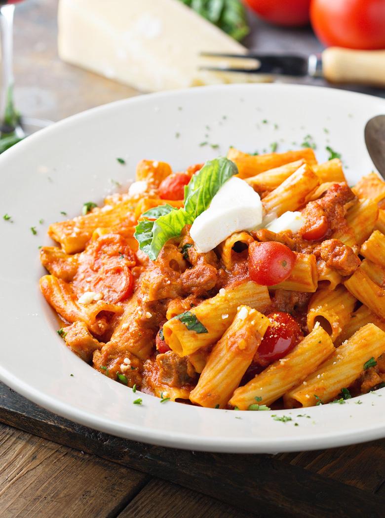 maximilian-box-pasta